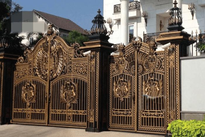 Xem ngày sửa cổng nhà có thật sự quan trọng không?