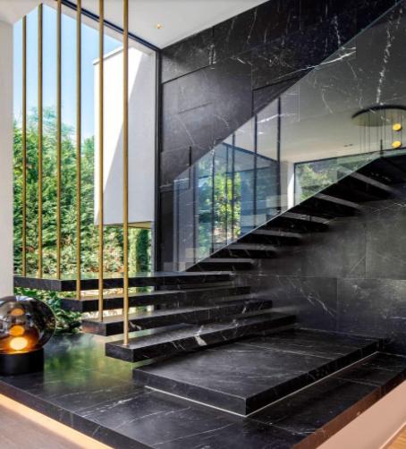 Tại sao phải tính bậc cầu thang khi xây nhà? Cách tính bậc cầu thang phong thủy